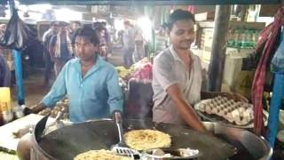 One minute egg roll in Guwahati Lakhtokia.