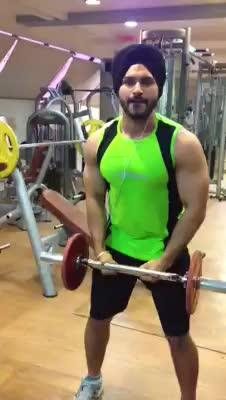 I love to train anterior deltoid with barbell ( isolation cum…