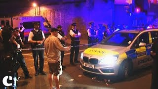 London Mosque Attack : 1 dead, 8 injured as man drives van into pedestrians