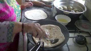 How to make Punjabi style Aloo Parantha | Indian Potato Flatbread - Aloo Paratha