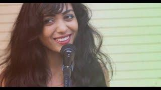 Suno Gaur Se Duniya Waalon | Rock Version | Avanie Joshi