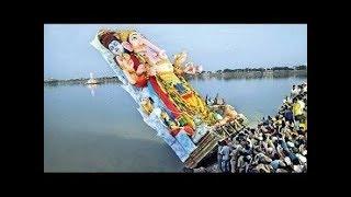 Unexpected Incident Happened in Ganesh Visarajan in Mumbai 2016