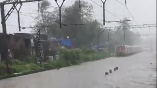 Torrential rains, flooding paralyse Mumbai