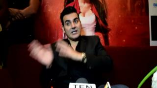 Sunny Leone IMPRESSES Arbaaz Khan| He is in awe of her