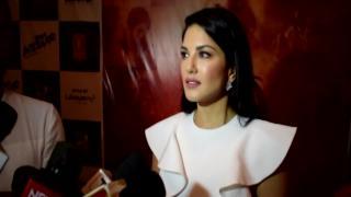 'Tera Intezaar' FIRST LOOK | Sunny in search of LOVE Arbaaz