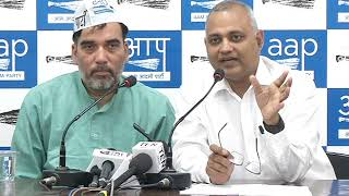 AAP Wants court monitored CBI enquiry into the raid by fake Income Tax Officials