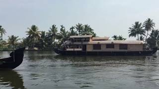 Kerala backwaters | Houseboating in Kerala | Kerala Travel Guide