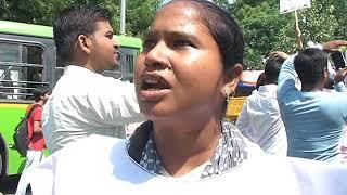 तेल की बढ़ती क़ीमतों के ख़िलाफ़ AAP  पार्षदों ने किया पेट्रोलियम मंत्रालय पर विरोध प्रदर्शन