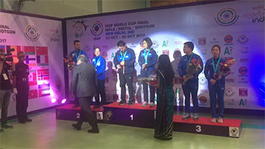 Winning ceremony Heena Sidhu and Jitu Rai 10M Air Pistol Mixed team - First Gold Medal