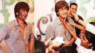 Shahrukh Khan Celebrates Children's Day With Spark A Change Foundation Kids