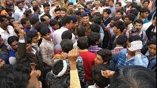 Farmers Protest in Raisen | धान के उचित दाम नही मिलने पर किसानों ने किया चक्काजाम
