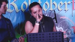 The Divine Strings live at Vapours (  Rocktoberfest 2016 )