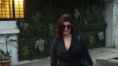 Twinkle Khanna Spotted At Kromakay Juhu