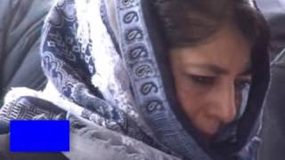 Watch Video Mehbooba visits father's grave to offer prayers on his first death anniversary