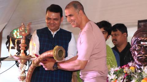 Akshay Kumar Inaugurates The Versova Festival