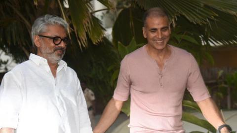 Akshay Kumar POSTPONED Padman To Avoid Clash With Sanjay Leela Bhansali's Padmaavat