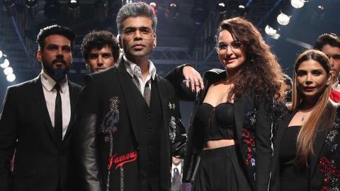 LFW 2018 : Sonakshi Sinha & Karan Johar Walk On Ramp For Falguni Shane Peacock