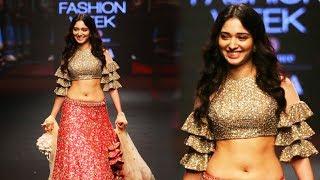Tamannaah Bhatia SHOW STOPPER At Lakme Fashion Week 2018 | LFW 2018
