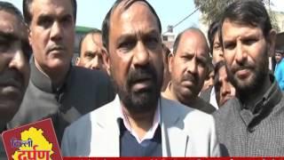 MCD के कर्मचारियों ने  बाहरी दिल्ली के  कराला चौक  को किया जाम