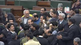 Opposition stages walkout from J&K Assembly over Kathua incident
