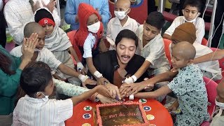 Shreyas Talpade & His Wife Deepti Talpade Celebrate Valentine's Day With Cancer Patients
