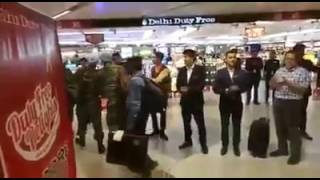 Indian soldiers receive warm welcome from airport staff at IGI Airport in Delhi