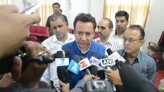 Zulfkar Ali launches DIPR news portal, mobile app