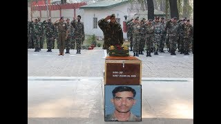Army pays tributes to soldier martyred in Pulwama encounter