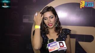 Arshi Khan Cute Reaction On Priya Prakash Varrier - Trending