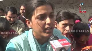 MGNREGA employees stage protest in support of demands in Udhampur