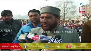 Demanding regularization NHM employees stage protest in Srinagar