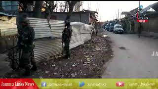 Security forces lay siege to Hajin, gunshots heard