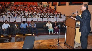 Abdul Haq continues interaction with JK students in Punjab