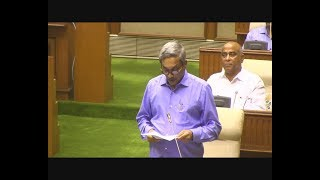 Only Hours After Leaving Mumbai Hospital, Manohar Parrikar Presents Budget In The Assembly!