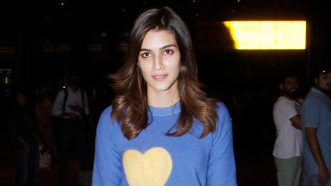 Kriti Sanon Spotted Giving Autograph To Fans At Airport
