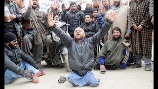 Differently-abled persons hold protest march in Srinagar