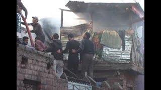 शॉर्ट सर्किट से धू-धू कर जले 6 मकान, 1 मासूम और उसकी मां घायल