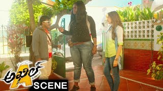 Sapthagiri Hilarious Comedy With Lady Rowdy - Comedy Scene - Akhil Movie Scenes