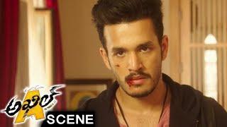 Mahesh Tells Akhil About Kidnaper Mambo - Brahmanandam Comedy Entry - Akhil Movie Scenes