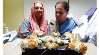 Dilip Kumar Cuts Cake On His 95th Birthday