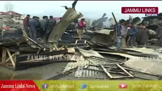 Overnight fire damages 10 shops in Srinagar's Chanapora