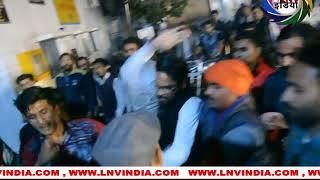 अलीगढ़  बीजेपी कार्यकर्ताओं ने बसपा कार्यकर्तओं को पीटा, एक घायल