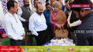 Under SMAS J&K Minister distributes financial assistance among 22 poor girls