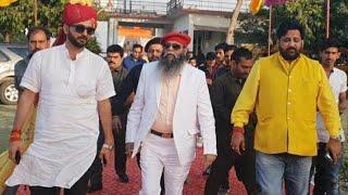 करणी सेना राष्ट्रीय महाधिवेशन अहमदाबाद में सम्बोधित करते हुये सुखदेव सिंह, सूरजपाल अम्मु व राज बब्बर