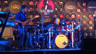 Spain - Dave Weckl feat. Mohini Dey,Sandeep Mohan,Abhijith P S Nair, Joe Johnson