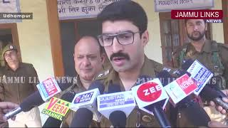 Udhampur Police distributes books among needy students