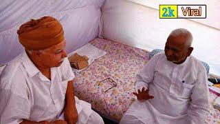 करणी सेना अध्यक्ष लोकेंद्र कालवी दिल्ली रामलीला मैदान में अन्ना हजारे के अनशन का समर्थन करने पहुंचे