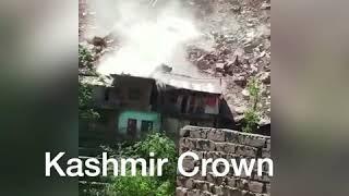 #JKDangerousSlides  #Watchvideo #LandslideOnCamera Heavy Landsliding in Ramban Peerah(Rec Earlier)