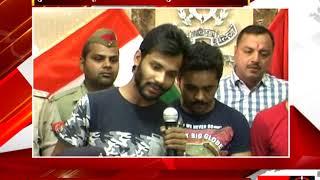 मेरठ - पुलिस के हाथ चढ़े 'अंग्रेज' मोबाइल लुटेरे - tv24