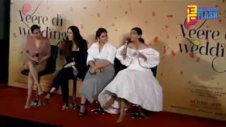Sonam Kapoor & Kareena Kapoor Funny Moment On Stage - Veere Di Wedding Trailer Launch